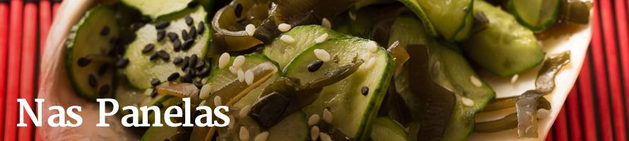 Salada de pepino com gergelim preto