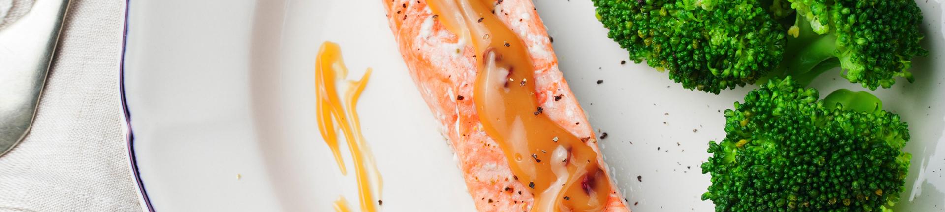 Salmão ao molho de tangerina