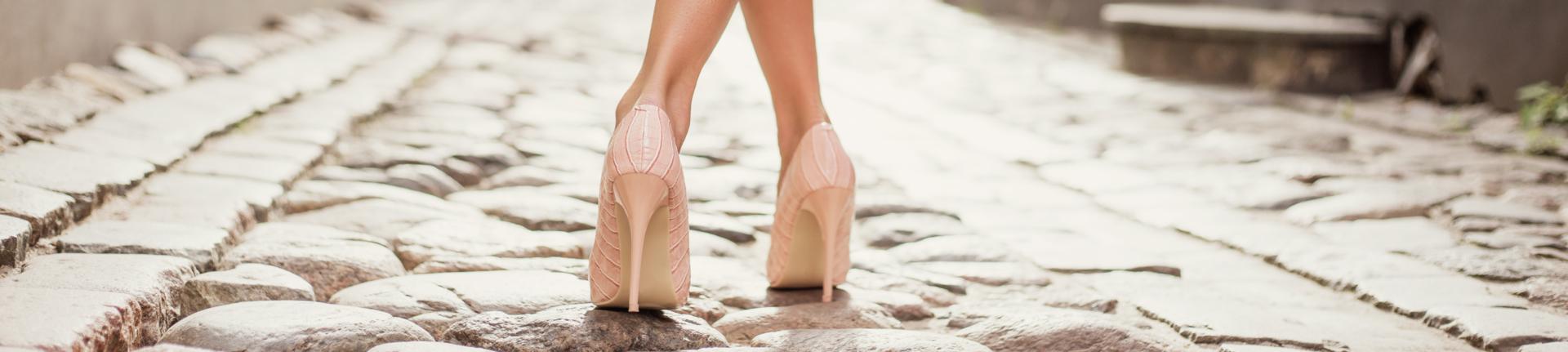 Salto alto: amaciando os sapatos novos