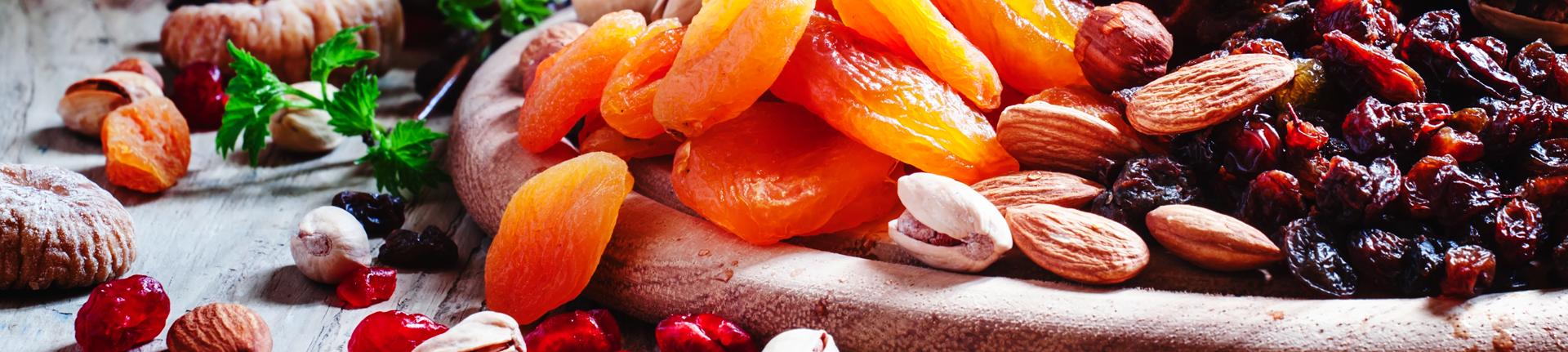 Nuts e frutas secas: conheça os benefícios desses alimentos
