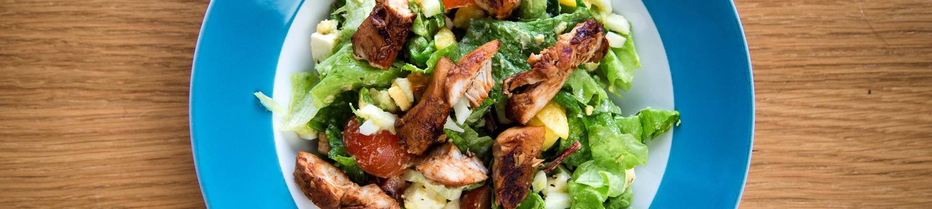 Salada tropical: refrescante e deliciosa