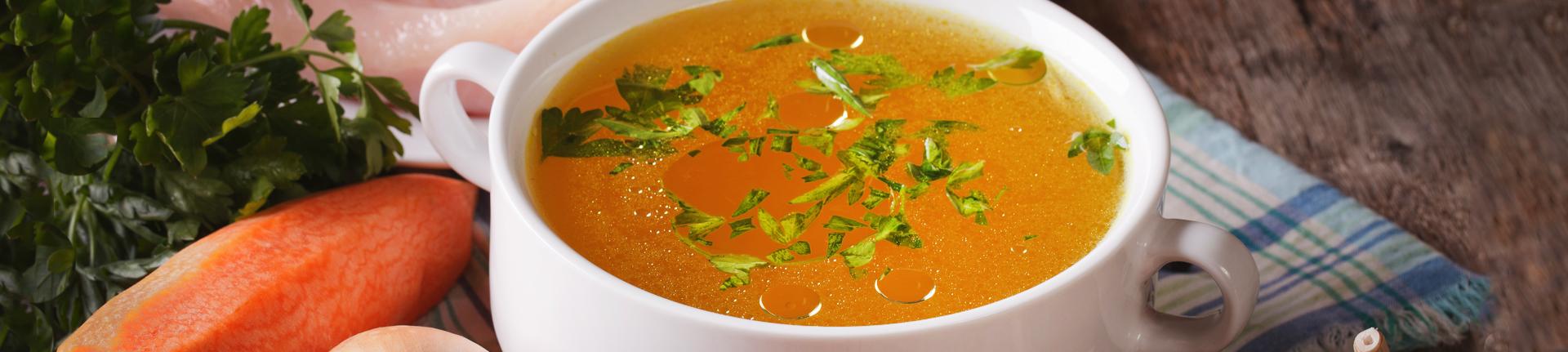 Caldo de legumes caseiro e do bem!