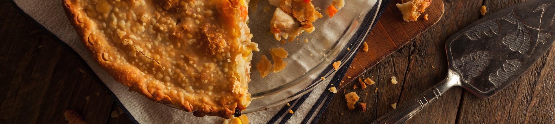 Torta de cenoura, alho poró e gruyère