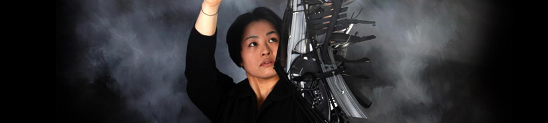 A artista Sayaka Ganz e sua arte sustentável e mágica