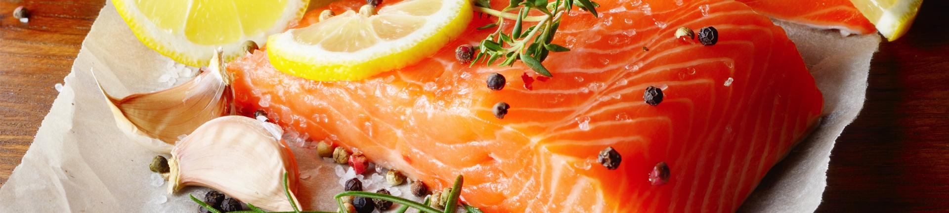 Bolo de salmão light para diminuir a cólica