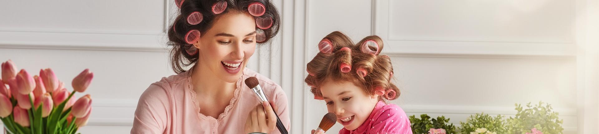 Cabelos em foco: dicas de penteados para mães de primeira viagem