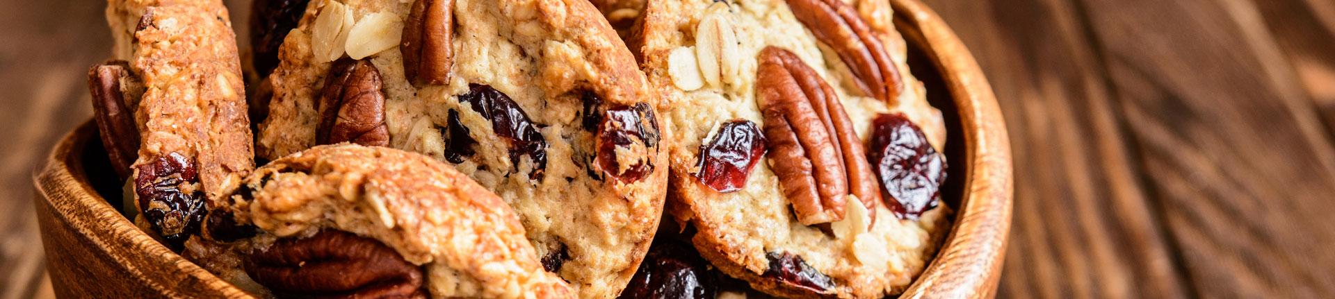Cookies integrais de chocolate 70% e frutas vermelhas