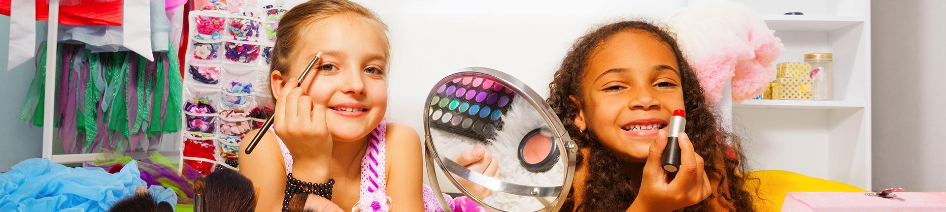 Crianças e maquiagem: existe idade certa para usar?