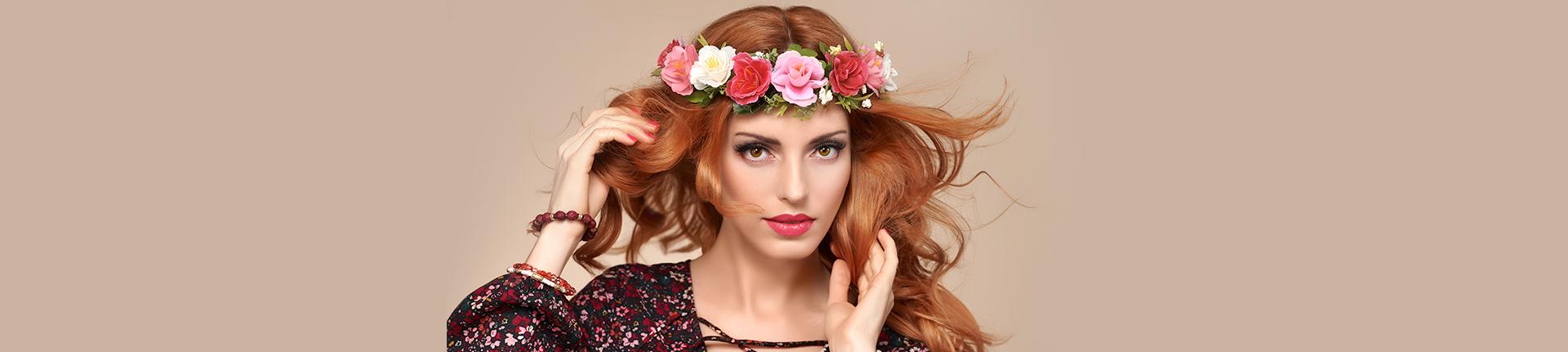 Moda histórica: coroas e guirlandas de flores