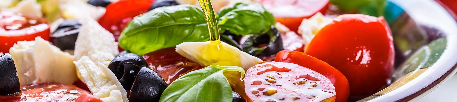 Saladas mediterrâneas