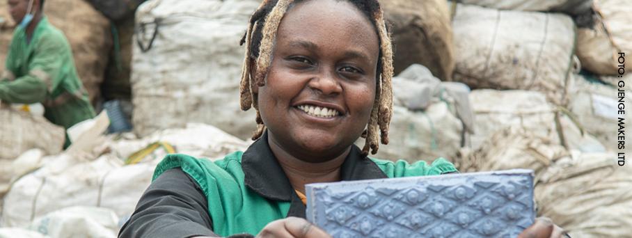 Nzambi Matee: toda vez que uma mulher dá um passo, o mundo sai do lugar